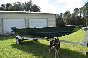 14' jon boat with trailer for Sale in Dade City, FL