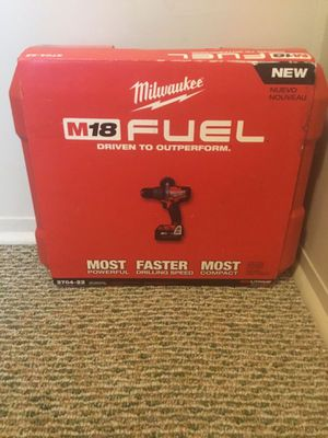 "Milwaukee. M18 FUEL Lithium Ion Premium 1/2"" Brushless Hammer Drill Driver Kit. 2804-22. for Sale in Brooklyn, NY"