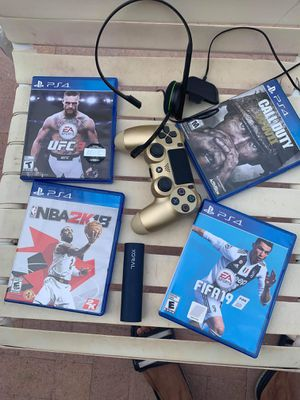 Ps4 games,control,Xbox 1 headphone and a portable charger. for Sale in Tucson, AZ