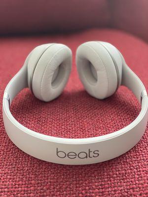 Beats solo 3 for Sale in Miami, FL