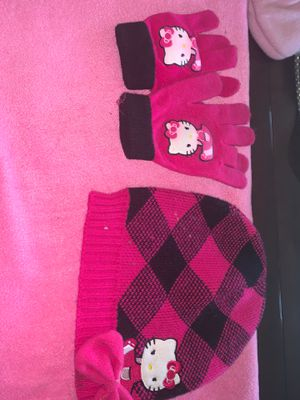 Hello kitty hat & scarf for Sale in Rowland Heights, CA