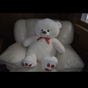 PLUSH 3 FOOT STUFFED LOVE TEDDY BEAR for Sale in College Park, MD