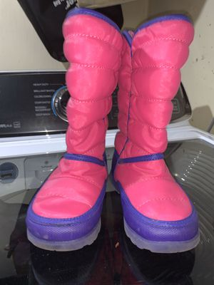 Girl Snow boots for Sale in Milwaukee, WI