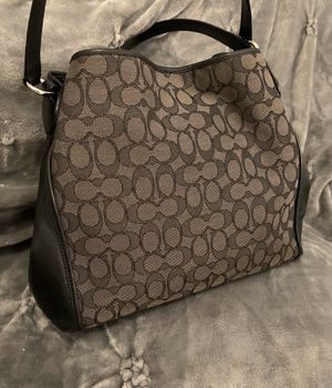 Coach handbag for Sale in New Braunfels, TX