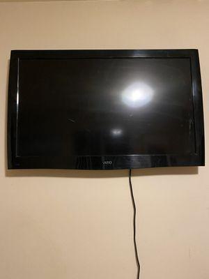 """42"""" Vizio Tv for Sale in Los Angeles, CA"""