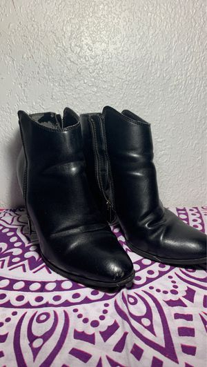 Black boots for Sale in Jurupa Valley, CA