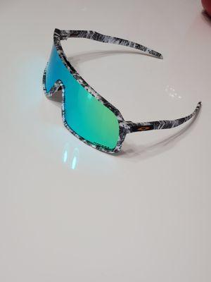 Oakley sunglasses sutro sunglasses 🕶 😎 👌 for Sale in Tampa, FL