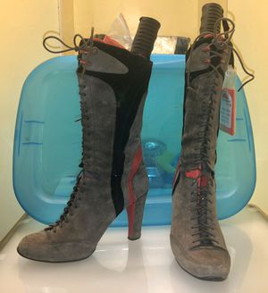 Womens Guess/Nike Air High Heel boots - size 6.5 for Sale in Silver Spring, MD