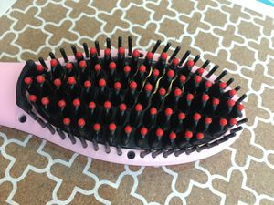 Magic fly Hair Straightening brush for Sale in Lakewood, CA
