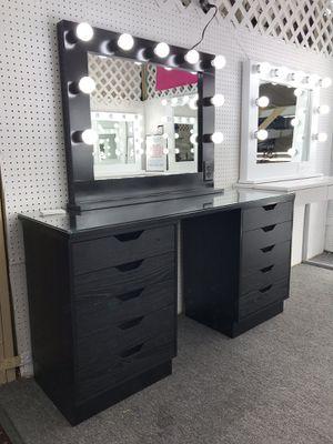 Makeup Vanity Mirror Set in Black! for Sale in Las Vegas, NV