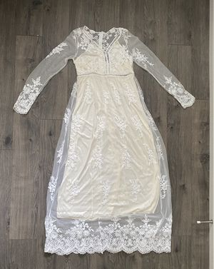 Women Size 4 Small Bohemian Wedding Dresses Long Sleeve V Neck Lace Beach Wedding Gowns Prom Formal Cocktail for Sale in Seattle, WA