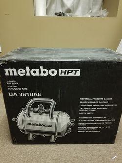 Metabo HPT (Hitachi) 10 gallon Compressor Air Tank for Sale in Lebanon,  PA