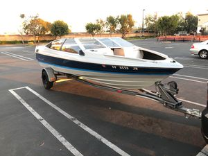 1989 Bayliner Capri In-board/Out-board Ski Boat for Sale in Santa Ana, CA