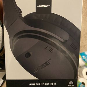 Bose qc35 ii (never opened) for Sale in Murrieta, CA