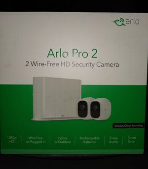 Arlo Pro2 1080p Wireless Indoor/Outdoor Security Camera System in White for Sale in Los Angeles, CA