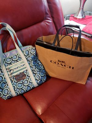 Authentic Xlarge Coach handbag for Sale in Tacoma, WA