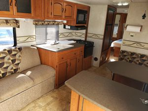 2010 RV ,Trailer Freedom Express,280RLS . for Sale in Miami, FL