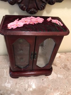 Wood Jewelry box for Sale in CA, US