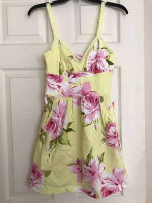 Abercrombie & Fitch floral dress (Brand new) for Sale in Concord, CA