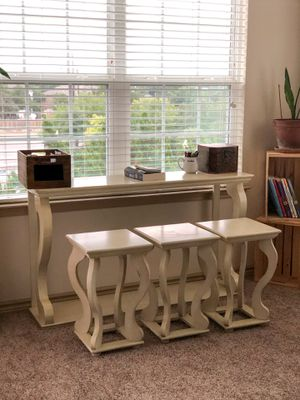 Bar Stools and Table for Sale in San Antonio, TX