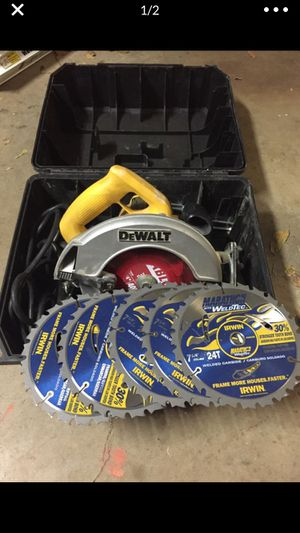 Dewalt 7 1/4 circular saw with 5 new blades for Sale in Fort Worth, TX