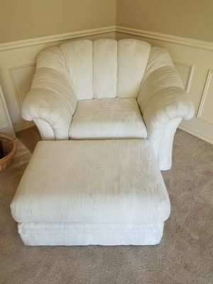 4 PIECE COUCH SET for Sale in Bothell, WA