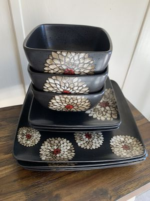 Gibson 10 piece plate set. for Sale in Fontana, CA