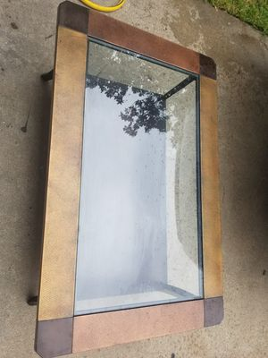Coffee table for Sale in Houston, TX