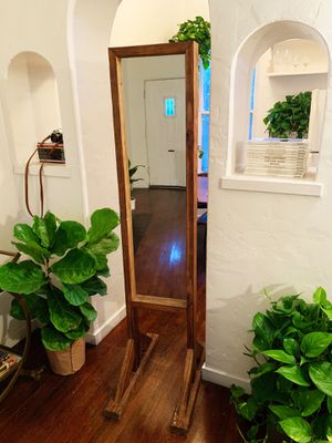 Full Length Wood Mirror for Sale in Los Angeles, CA