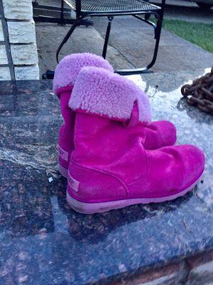 Women's pink UGGS size 6 for Sale in Carrollton, TX