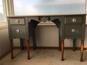 Antique desk for Sale in Seattle, WA