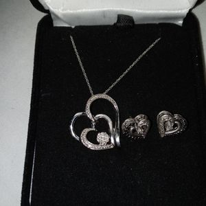 "KAY'S JEWELERS ""OPEN HEARTS"" BLACK & WHITE DIAMONDS STERLING SILVER EARRINGS for Sale in Chino, CA"