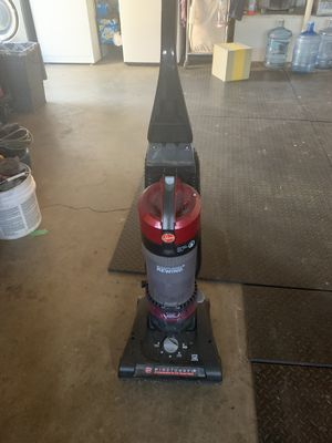 Hoover vacuum for Sale in Moreno Valley, CA
