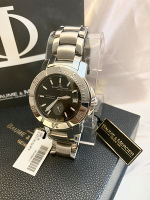 Baume Mercier Capeland Diver automatic Watch 41MM. 200M Water Resistance. Sapphire crystal. Stainless steel. Original box and paperwork. for Sale in Coral Gables, FL