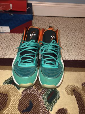 nike air penny 5 miami dolphins sz11.5 for Sale in Silver Spring, MD