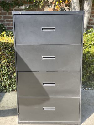 Hon Metal Filing Cabinet for Sale in Alhambra, CA