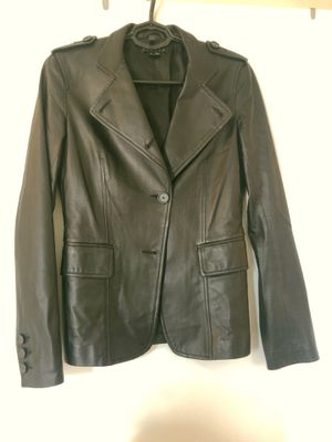 THEORY Black Persia Genuine Leather Jacket, size 4 for Sale in Washington, DC