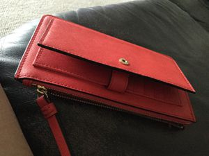 Kate Spade New York Bright Red Wallet NEW Macy's for Sale in Largo, FL