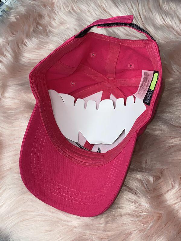 Nike hot pink adjustable hat