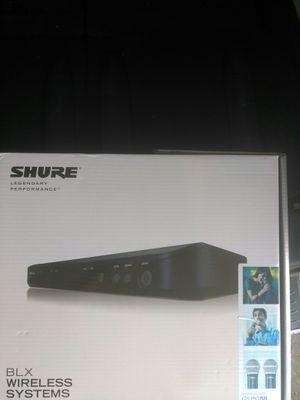 Microfonos shure nuevos estan disponibles for Sale in Irving, TX