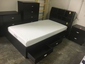 FULL SIZE Storage Bed Frame with Bookcase Headboard for Sale in Garden Grove, CA