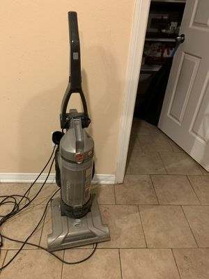Hoover vacuum for Sale in Corona, CA