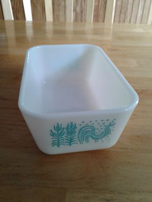 Small Pyrex Loaf Dish /Refrigerator Dish for Sale in Howell Township, NJ