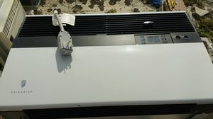 AC/heater window/wall unit Kuhl Frederich for Sale in Boca Raton, FL