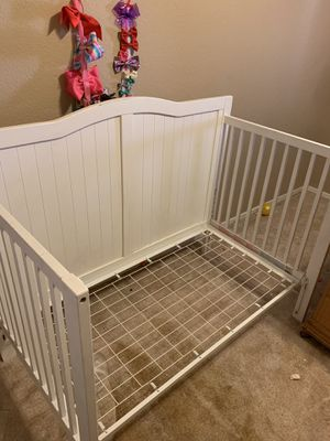Baby Crib/ Toddler Bed for Sale in El Mirage, AZ