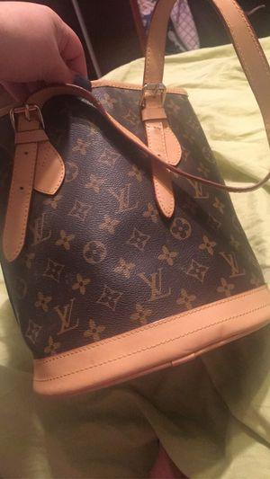 Louie V purse for Sale in Raynham, MA