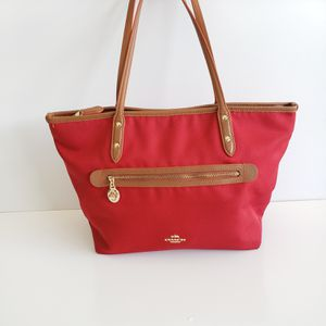 Coach Purse for Sale in Dundee, FL