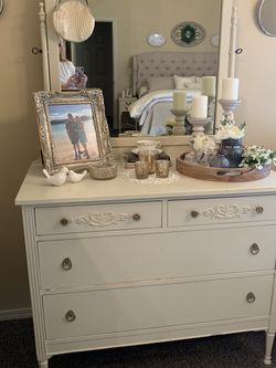 Antique Dresser With Mirror And Matching Bench for Sale in Oregon City,  OR