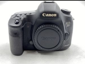 Canon EOS 5D Mark III Digital SLR Camera body only for Sale in Brooklyn, NY