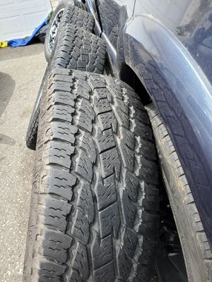 Set 4 Rims and tires for Sale in Auburn, WA